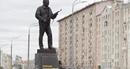 Vũ khí của Đức Quốc xã xuất hiện trên tượng đài anh hùng Nga