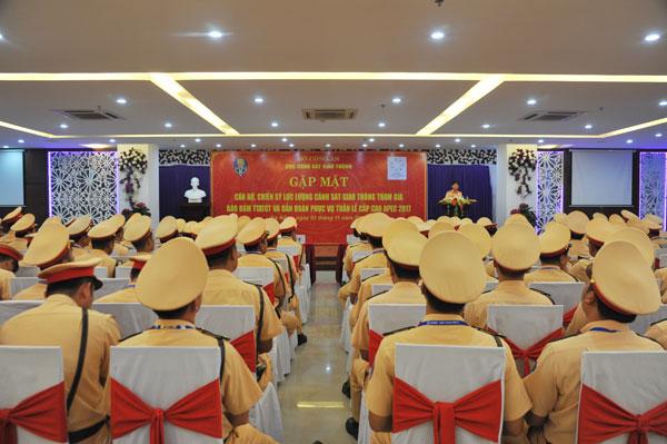 Thứ trưởng Nguyễn Văn Sơn động viên lực lượng CSGT tham gia phục vụ Tuần lễ cấp cao APEC - Ảnh minh hoạ 2