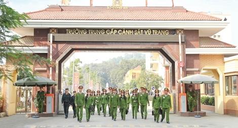 Trường Trung cấp Cảnh sát vũ trang 40 năm xây dựng và trưởng thành