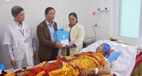 Bảo hiểm xã hội tặng 340 suất quà  cho bệnh nhân ăn Tết tại bệnh viện