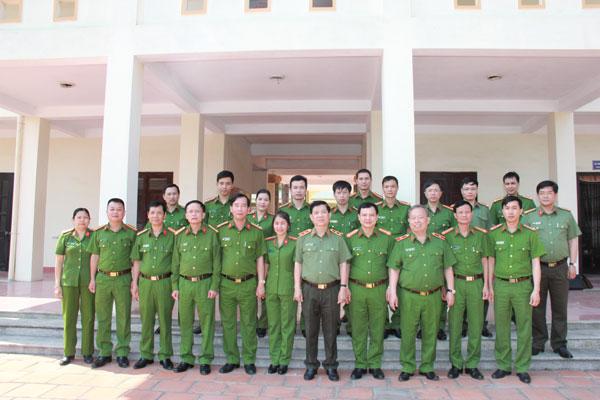 Thứ trưởng Nguyễn Văn Sơn kiểm tra công tác tại Trường Giáo dưỡng số 2