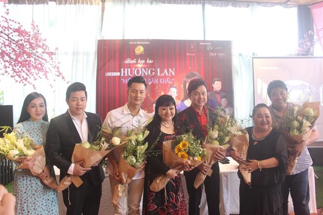 Ca sĩ Hương Lan lần đầu tiên tổ chức liveshow lớn nhất trong sự nghiệp ca hát