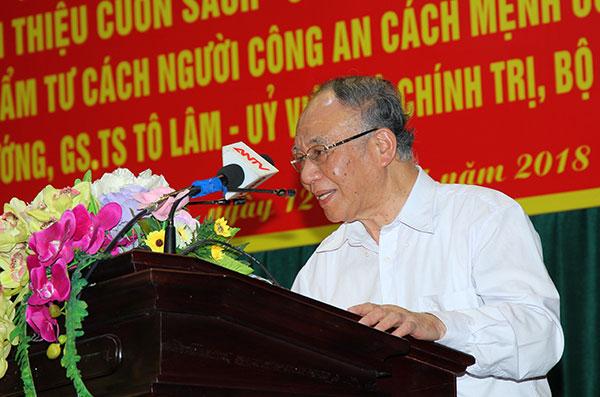 Nói chuyện chuyên đề Chủ tịch Hồ Chí Minh với phong trào thi đua yêu nước