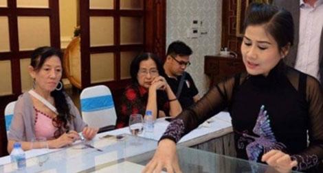 Nghệ sĩ Linh Huyền và ước mơ đưa cải lương ra thế giới