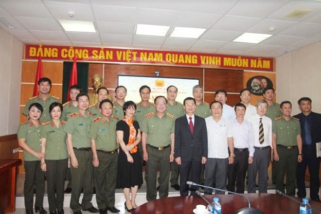 Cục Truyền thông CAND gặp mặt lãnh đạo các cơ quan báo chí, xuất bản, điện ảnh Trung ương - Ảnh minh hoạ 6