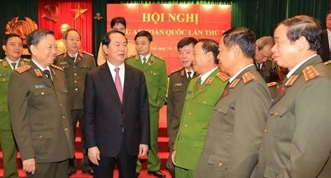 Chủ tịch nước Trần Đại Quang với Công an nhân dân2