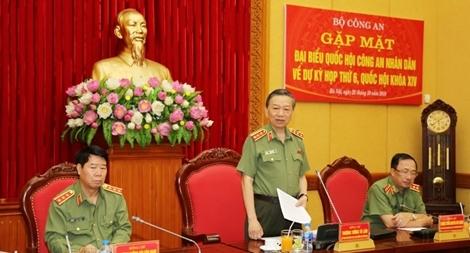 Bộ Công an gặp mặt đại biểu Quốc hội công tác trong lực lượng CAND về dự Kỳ họp thứ 6 Quốc hội khóa XIV
