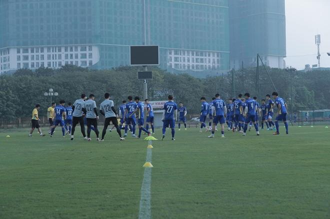 Trong đó CLB Hà Nội và Hoàng Anh Gia Lai vẫn là hai đội đóng góp nhiều nhân sự nhất với 7 người mỗi đội.
