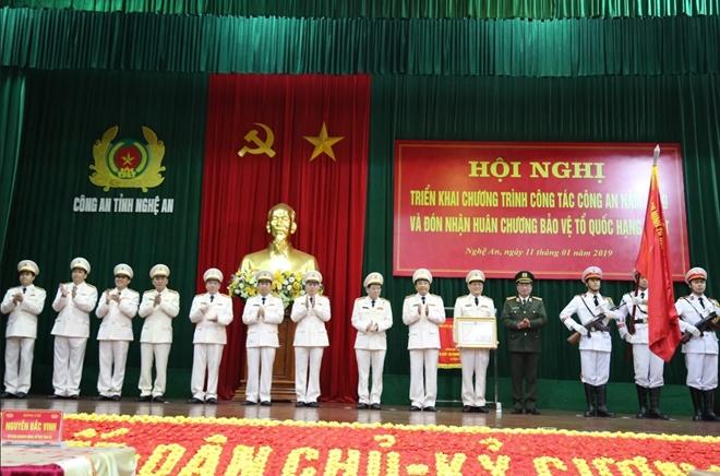 Thứ trưởng Nguyễn Văn Thành dự Hội nghị triển khai Công tác năm 2019 của Công an tỉnh Nghệ An - Ảnh minh hoạ 2