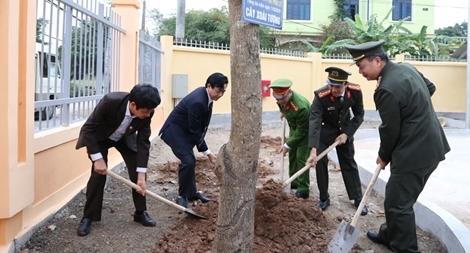 Công an tỉnh Hà Nam phát động Tết trồng cây Xuân Kỷ Hợi 2019
