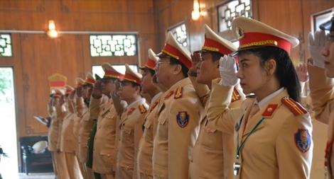 Cục CSGT dâng hương tại khu di tích Kim Liên