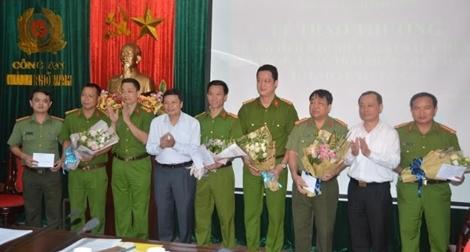 Công an TP Vinh nhận thưởng  vụ khám phá thành công vụ 15kg ketamine