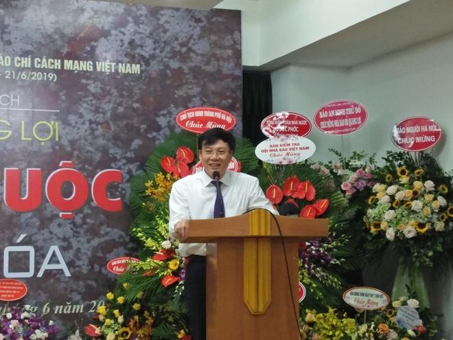 """Ra mắt """"Thời cuộc và văn hóa"""" của Phó Chủ tịch thường trực Hội Nhà báo Việt Nam, Hồ Quang Lợi"""