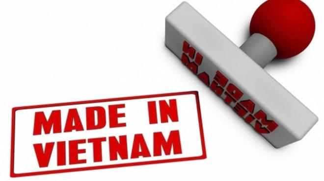 """Chưa khi nào người tiêu dùng lại hoang mang về hàng hoá được gắn mác """"Made in Vietnam"""" như hiện nay."""