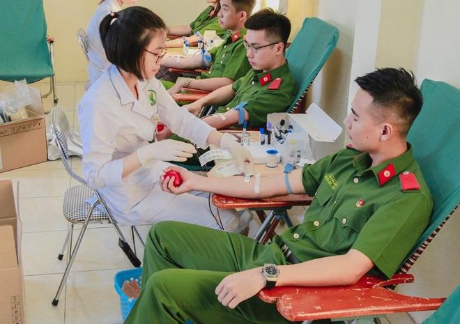 """Học viện CSND tham gia chương trình """"Ấm tình quân dân"""" tại Hà Nam - Ảnh minh hoạ 5"""