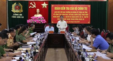 Đoàn kiểm tra của Bộ Chính trị làm việc với Ban thường vụ Đảng ủy Công an tỉnh Sơn La