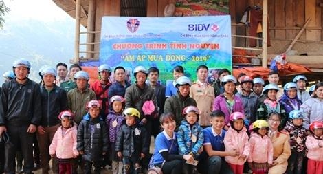 Ấm áp chương trình tình nguyện tại xã Pa Tần