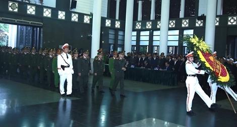 Lãnh đạo Bộ Công an viếng 3 liệt sỹ CAND hy sinh tại Đồng Tâm