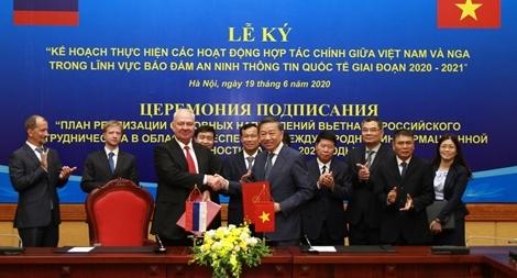 Việt Nam - Liên bang Nga thúc đẩy quan hệ Đối tác chiến lược toàn diện lên tầm cao mới