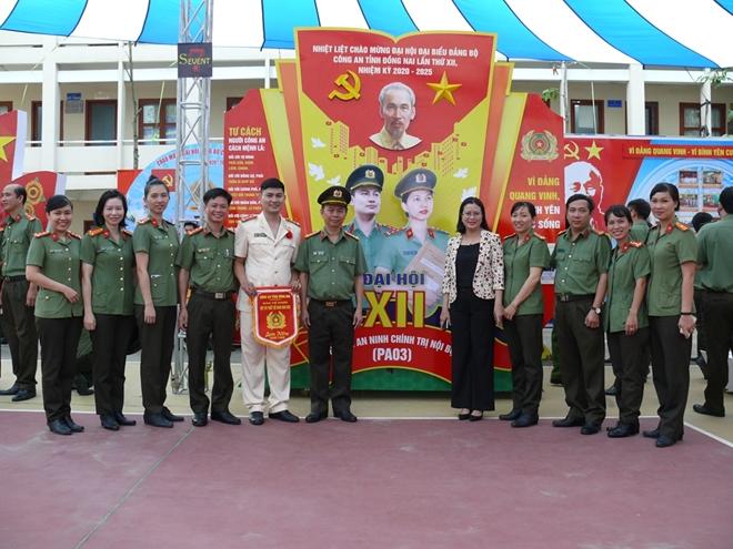 """CA Đồng Nai tổ chức thi thiết kế pano """"Vì Đảng quang vinh, vì bình yên cuộc sống"""" - Ảnh minh hoạ 2"""