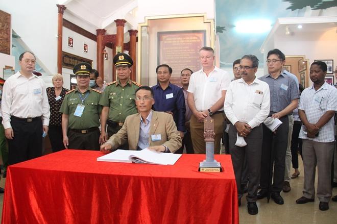 Thúc đẩy hợp tác giữa Bộ Công an Việt Nam với Cơ quan thực thi pháp luật của các nước - Ảnh minh hoạ 3