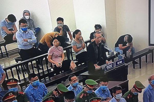 Cha đẻ liệt sĩ Nguyễn Công Huy kêu gọi các bị cáo hãy thức tỉnh.