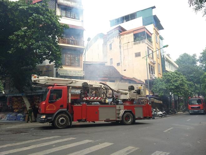 Diễn tập phương án chữa cháy, cứu nạn tại phố Hàng Mã - Ảnh minh hoạ 2