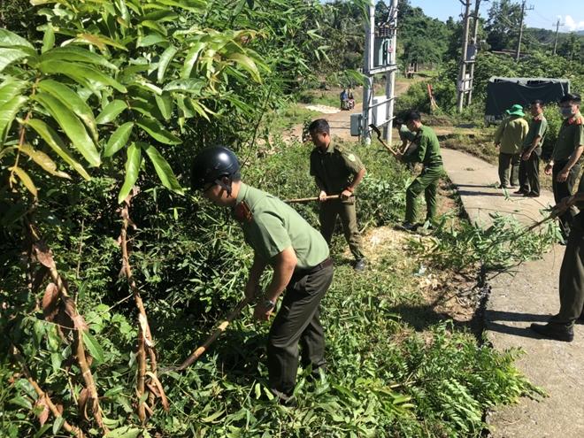 Công an Đắk Nông tổ chức chương trình thiện nguyện tại các trường học vùng sâu - Ảnh minh hoạ 3