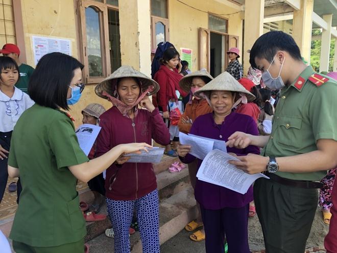 Công an Đắk Nông tổ chức chương trình thiện nguyện tại các trường học vùng sâu - Ảnh minh hoạ 6