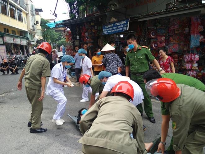 Diễn tập phương án chữa cháy, cứu nạn tại phố Hàng Mã - Ảnh minh hoạ 5