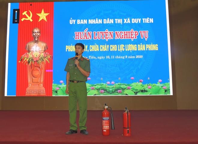 Huấn luyện nghiệp vụ PCCC cho lực lượng dân phòng năm 2020