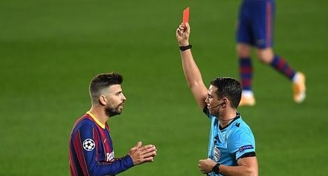 Messi lập kỷ lục nhưng Barca lại chịu thiệt