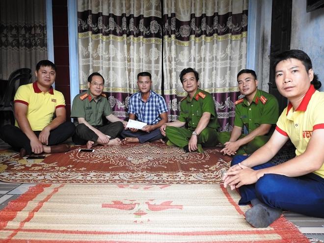 Báo CAND và Công ty NCT3 trao hỗ trợ người dân Quảng Trị bị lũ lụt - Ảnh minh hoạ 8