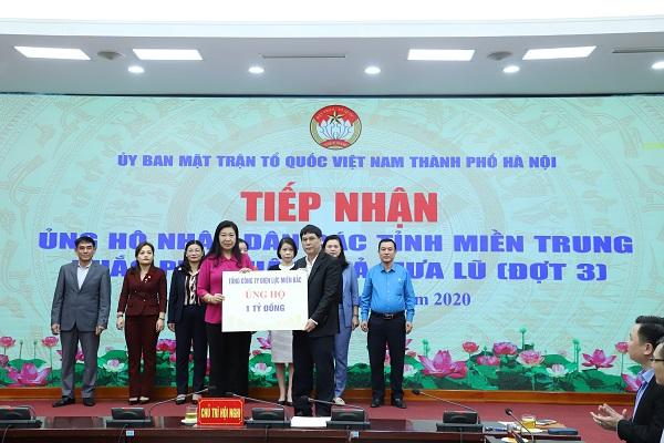 EVNNPC ủng hộ đồng bào miền Trung 1 tỷ đồng