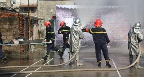 Diễn tập ứng cứu phòng chống thiên tai và tìm kiếm cứu nạn