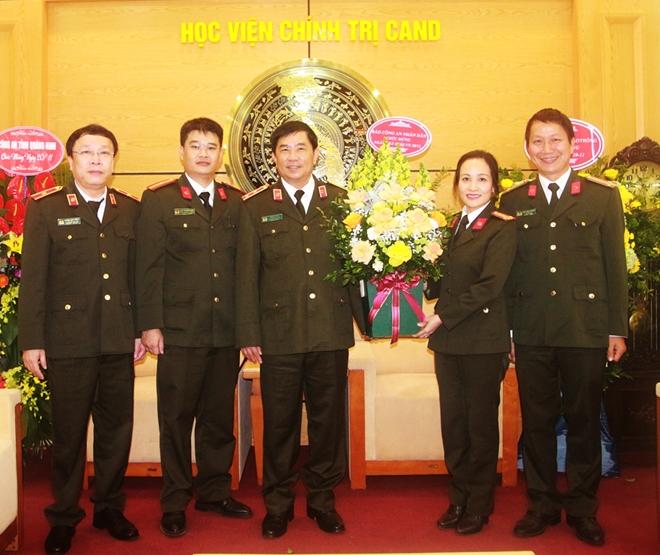 Cục Truyền thông CAND, Báo CAND chúc mừng Ngày Nhà giáo Việt Nam