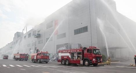 Diễn tập chữa cháy và CNCH quy mô lớn tại Khu Công nghiệp