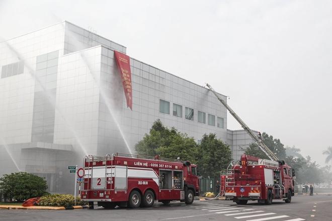 Diễn tập chữa cháy và CNCH quy mô lớn tại Khu Công nghiệp - Ảnh minh hoạ 6