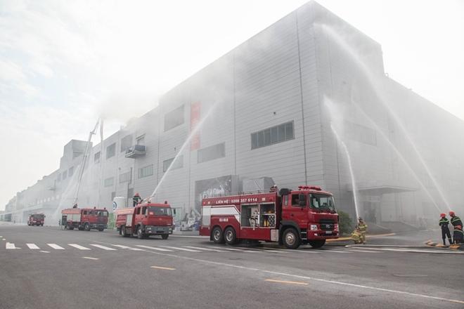 Diễn tập chữa cháy và CNCH quy mô lớn tại Khu Công nghiệp - Ảnh minh hoạ 7