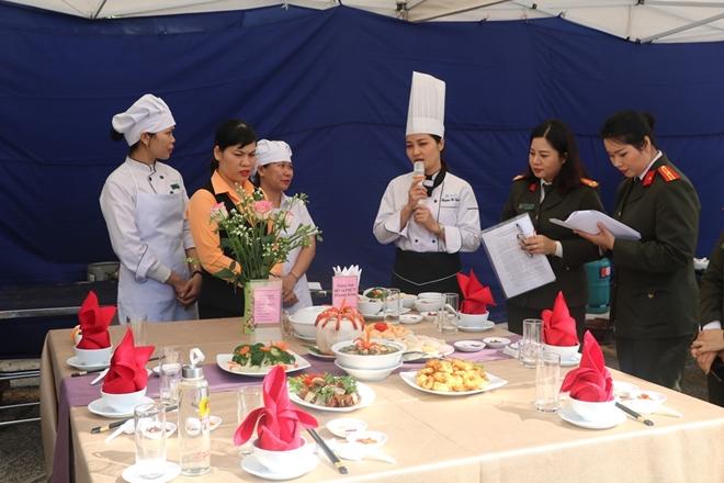 """Tổ chức Hội thi """"Bữa ăn điểm 10"""" trong công đoàn Cục Y tế - Ảnh minh hoạ 5"""