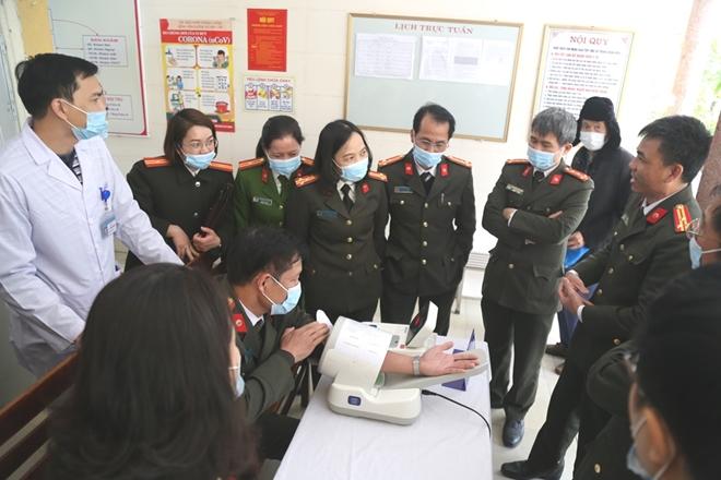 Đoàn y tế CAND làm việc tại Bệnh viện Công an tỉnh Nam Định - Ảnh minh hoạ 3