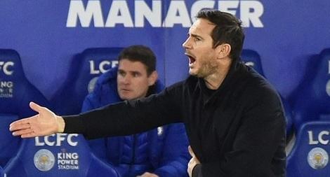 Thua thảm Leicester, HLV Chelsea đứng trước nguy cơ sa thải