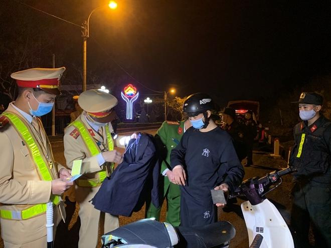 Công an tỉnh Sơn La ra quân đảm bảo ANTT đêm Giao thừa - Ảnh minh hoạ 3