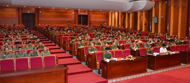 Tăng cường lực lượng Công an cho đơn vị trực tiếp chiến đấu, hướng về cơ sở - Ảnh minh hoạ 3