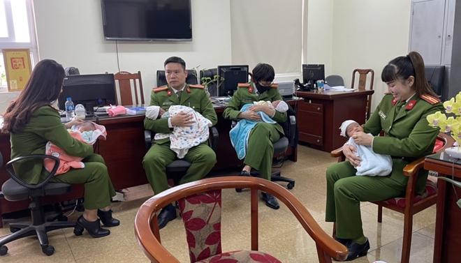 Giải cứu trẻ sơ sinh - tốc độ, tình người Cảnh sát hình sự - Ảnh minh hoạ 2