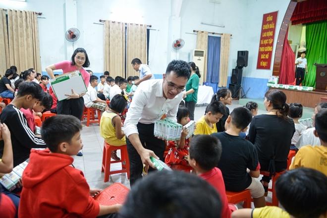 """Chiến dịch """"share"""" hạnh phúc, góp sữa của Vinamilk lan tỏa tích cực trong cộng đồng. - Ảnh minh hoạ 4"""