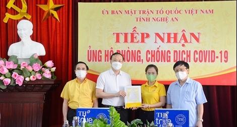 Tập đoàn TH trao tặng Nghệ An 96.000 sản phẩm tốt cho sức khỏe, chung tay chống dịch COVID-19