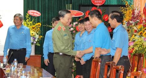 Bộ trưởng Tô Lâm chúc mừng Ngày thành lập  Công đoàn Việt Nam