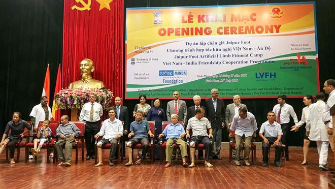 Lắp miễn phí chân giả cho 500 người khuyết tật Việt Nam - Ảnh minh hoạ 2