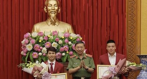 Bộ trưởng Tô Lâm gặp mặt, biểu dương các VĐV CAND đạt thành tích xuất sắc tại ASIAD 2018